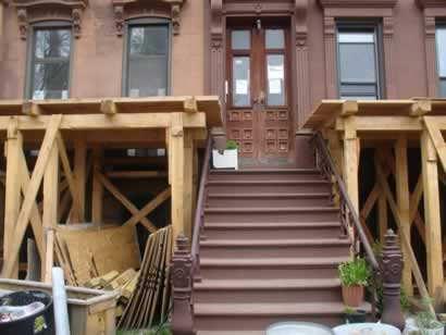 Brooklyn brownstone cribbing box
