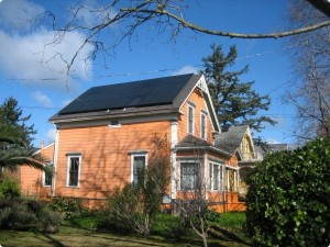 Historic Victorian house in Santa Cruz, CA with thirty-two 215 watt SunPower solar panels
