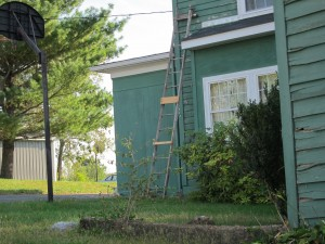 No Halfway Repaired Antique Ladders Please