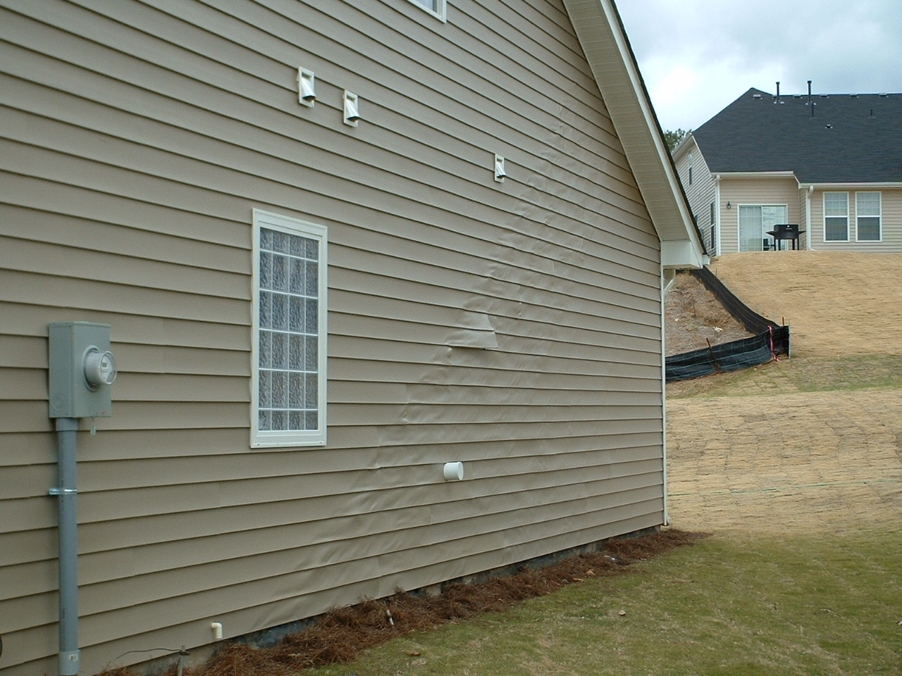 Types of vinyl siding the image kid has it for Classic house 2004