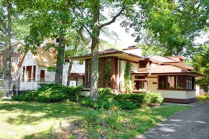 North Shore home to be demolished -- photo courtesy of chicagomag.com