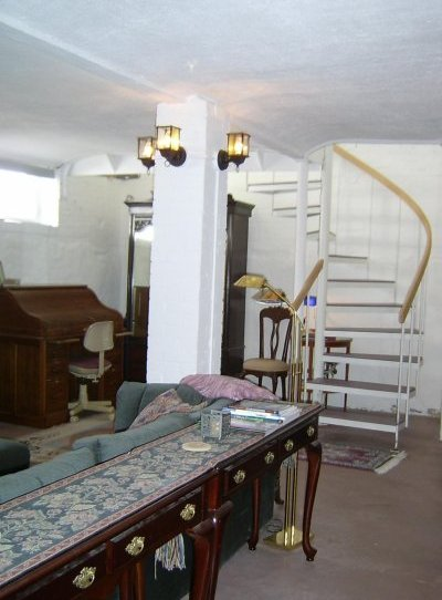 downstairs apartment