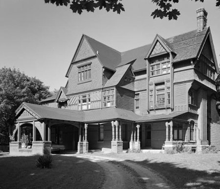 Victorian shingle style houses 1880 1900 old house web for Styles of homes built in 1900