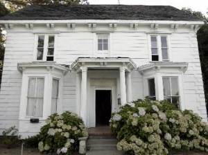 140-year-old Marshall House in Healdsburg, Calif.